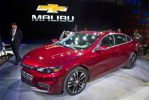 "<div class=""meta image-caption""><div class=""origin-logo origin-image none""><span>none</span></div><span class=""caption-text"">The 2016 Chevrolet Malibu Hybrid, which uses technology from the Chevrolet Volt, is introduced at the New York International Auto Show (AP Photo/ Bebeto Matthews)</span></div>"