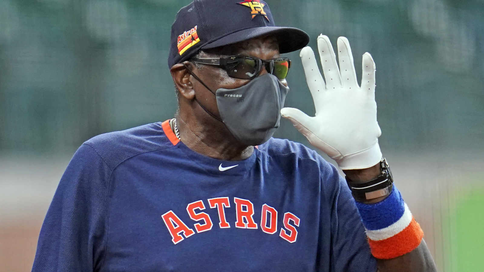 Who is Dusty Baker: Houston Astros manager after sign-stealing scandal -  ABC13 Houston