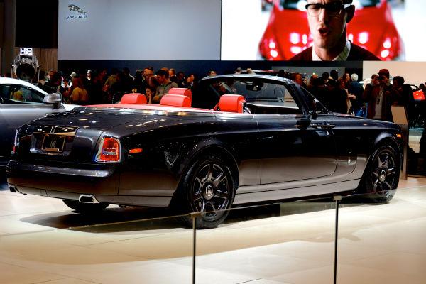 "<div class=""meta image-caption""><div class=""origin-logo origin-image none""><span>none</span></div><span class=""caption-text"">Rolls-Royce Phantom Drophead Coupe (WABC Photo/ Sabrina Szteinbaum)</span></div>"