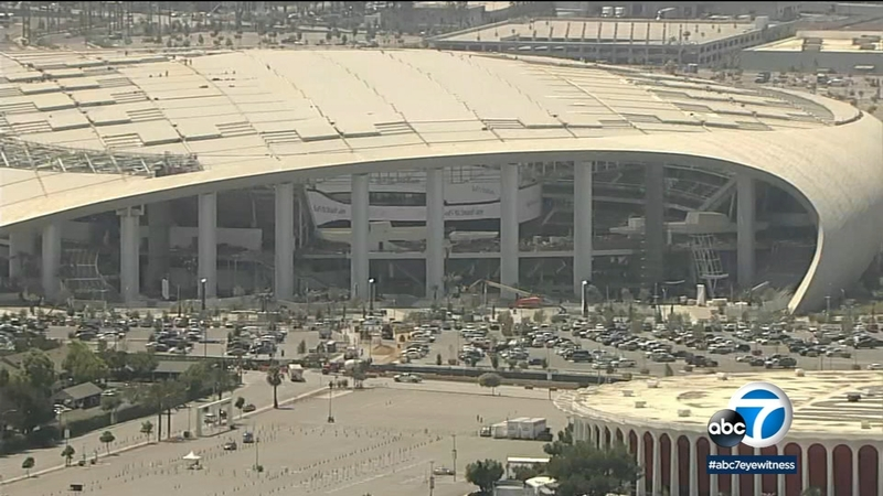 Rams Vs Cowboys Your Cardboard Self Can Cheer On The Rams At Sofi Stadium Abc7 Los Angeles