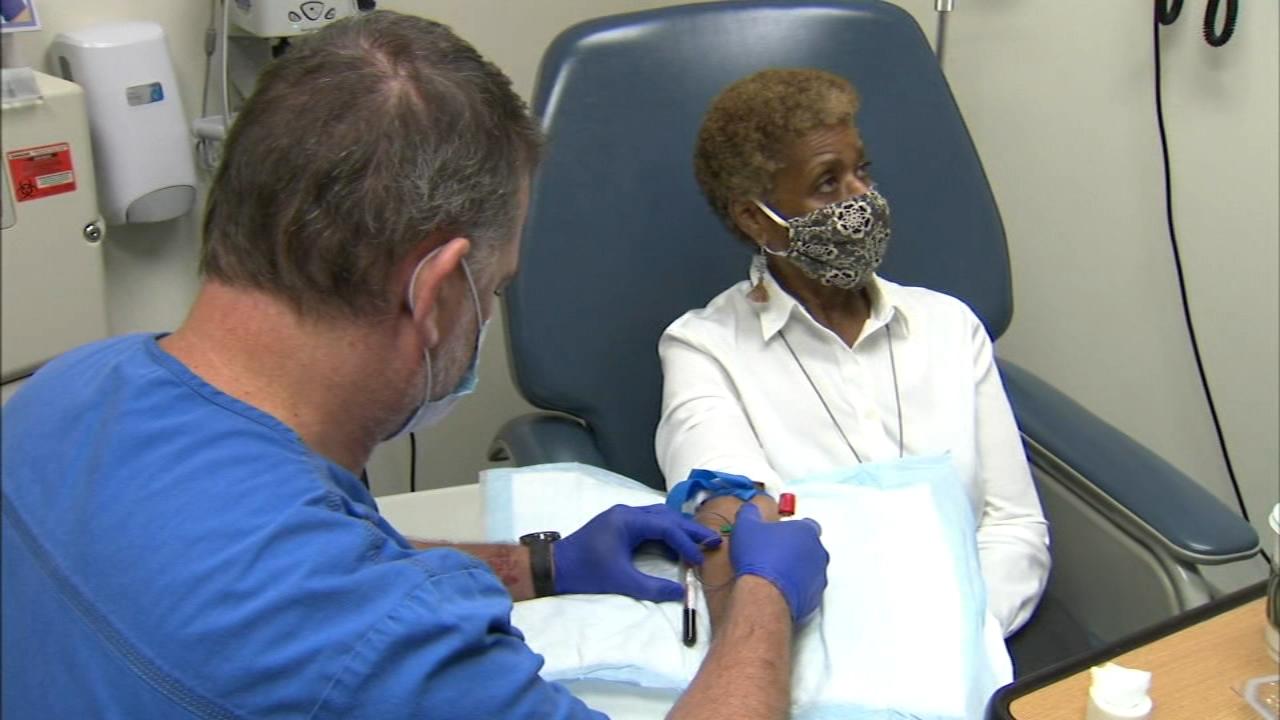 Covid 19 Vaccine Uic Researchers Launch Moderna Trial Monday In Race To Beat Coronavirus Abc7 Chicago