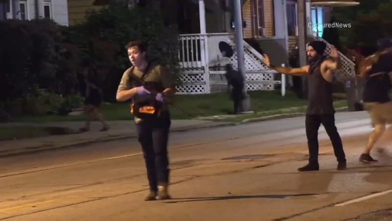 Kyle Rittenhouse 2 Assault Style Rifles Turned Into Antioch Police On Morning After Teen S Kenosha Shooting Abc7 Chicago