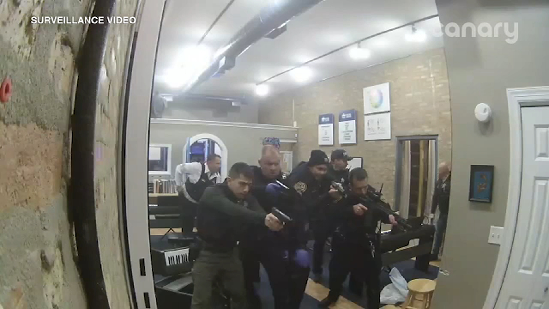 New Video Shows Des Plaines Police Shooting Inside Upbeat Music And Arts That Injured Teen Employee Abc7 Chicago