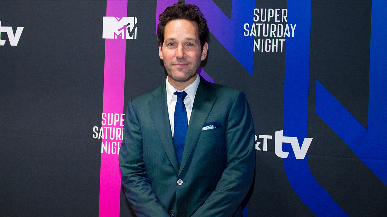 Actor Paul Rudd Challenges Young People To Mask Up In New Video Abc7 Los Angeles