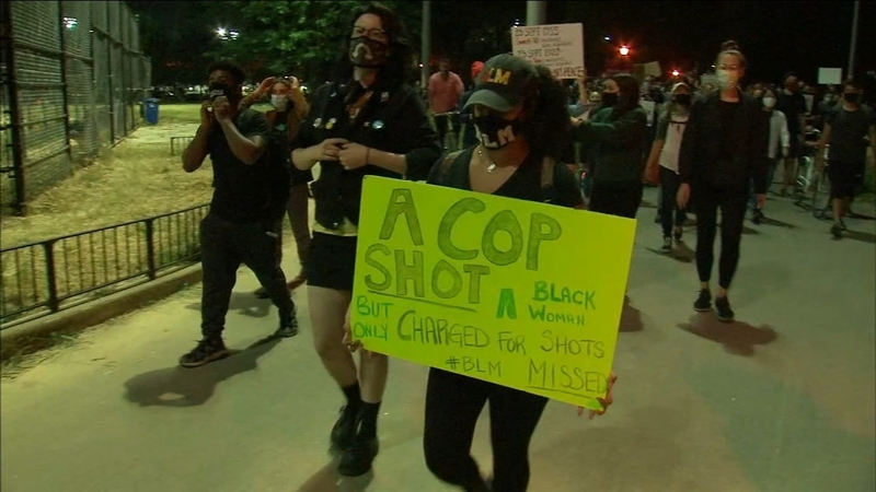 Breonna Taylor Live Updates Black Lives Matter Protests Erupt For A 2nd Day In Nyc Abc7 New York
