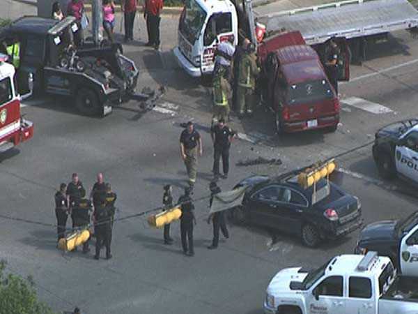"""<div class=""""meta image-caption""""><div class=""""origin-logo origin-image none""""><span>none</span></div><span class=""""caption-text"""">A high speed chase ends in a crash in southeast Houston. (Photo/KTRK)</span></div>"""