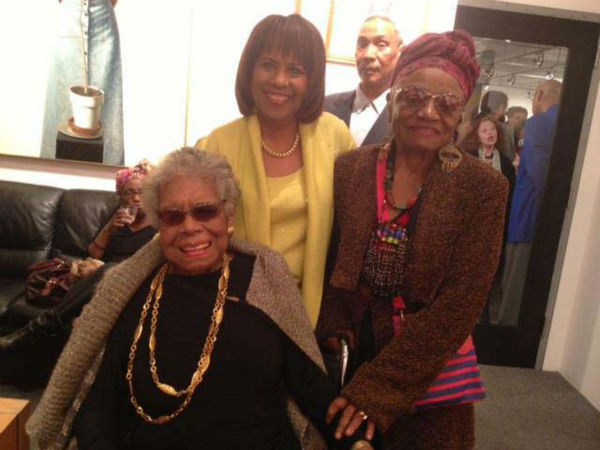 "<div class=""meta image-caption""><div class=""origin-logo origin-image none""><span>none</span></div><span class=""caption-text"">Melanie Lawson with Maya Angelou (KTRK Photo)</span></div>"