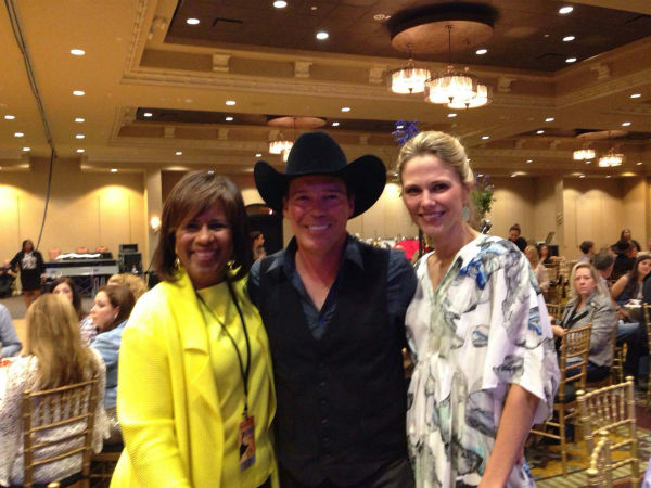"<div class=""meta image-caption""><div class=""origin-logo origin-image none""><span>none</span></div><span class=""caption-text"">Melanie Lawson with country music singer Clay Walker, who also has MS (KTRK Photo)</span></div>"