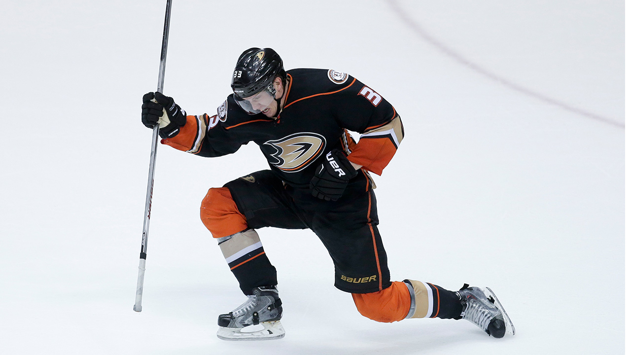 Anaheim Ducks right wing Jakob Silfverberg celebrates his goal against the Winnipeg Jets during the final minutes of the third period of Game 2 of a first-round NHL hockey playoff series in Anaheim, Calif., Saturday, April 18, 2015.