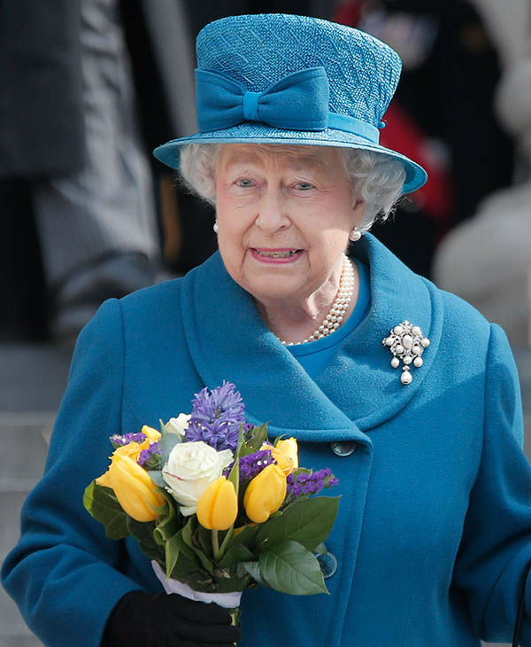 "<div class=""meta image-caption""><div class=""origin-logo origin-image none""><span>none</span></div><span class=""caption-text"">Queen Elizabeth II leaves after attending a service at St Paul's Cathedral, in central London, Friday, March 13, 2015. (AP)</span></div>"
