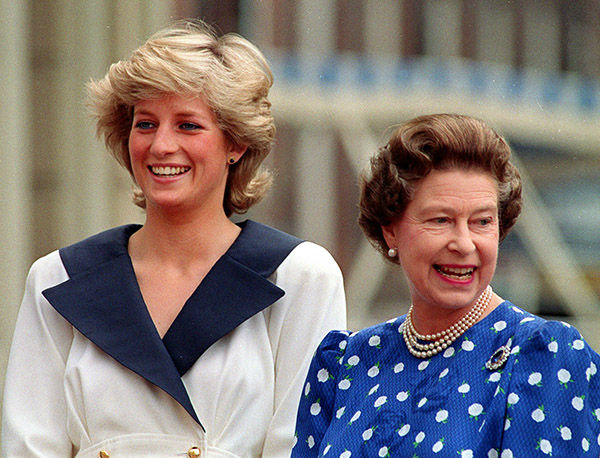 "<div class=""meta image-caption""><div class=""origin-logo origin-image none""><span>none</span></div><span class=""caption-text"">Diana, Princess of Wales, left, and Britain's Queen Elizabeth II smile to well-wishers outside Clarence House in London, August 4, 1987. (AP Photo/ MARTIN CLEAVER)</span></div>"