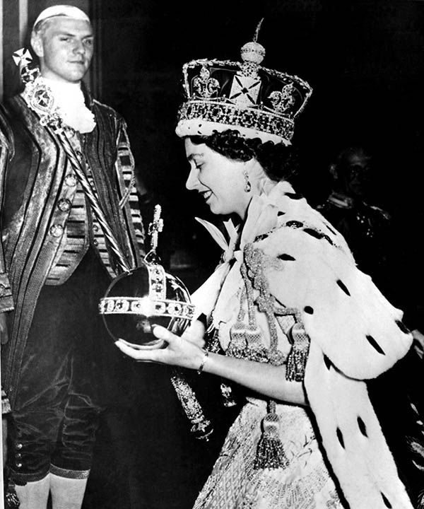 "<div class=""meta image-caption""><div class=""origin-logo origin-image none""><span>none</span></div><span class=""caption-text"">Queen Elizabeth II wore the bejeweled Imperial Crown and carried the Orb, in left hand, and Scepter with Cross on June 2, 1953, at the end of the Coronation Ceremony. (AP)</span></div>"