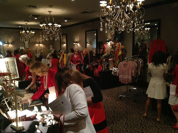 """<div class=""""meta image-caption""""><div class=""""origin-logo origin-image none""""><span>none</span></div><span class=""""caption-text"""">The 2015 Houston Go Red For Women Luncheon also had an expo for a little shopping</span></div>"""