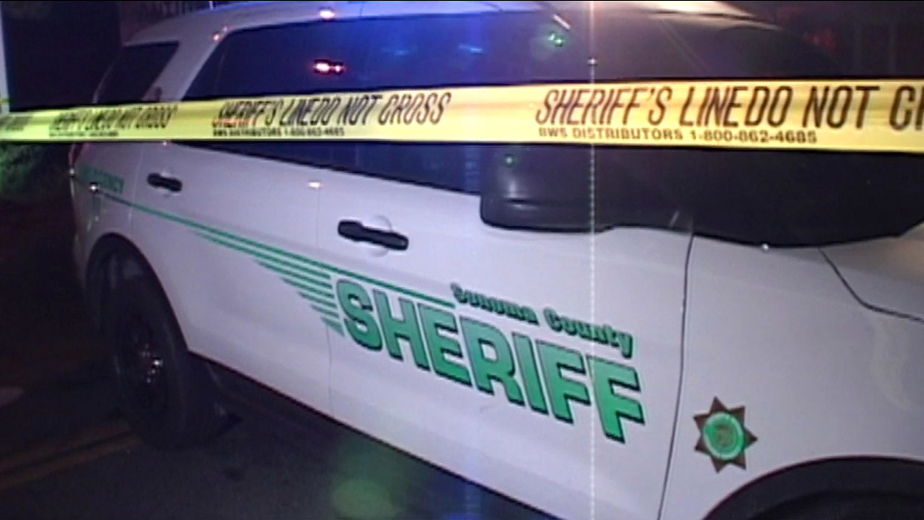 Sonoma County Sheriff's vehicle at scene on April 23, 2015.
