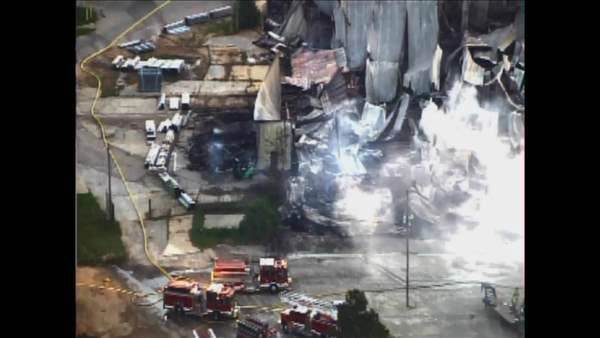 "<div class=""meta image-caption""><div class=""origin-logo origin-image none""><span>none</span></div><span class=""caption-text"">Images from Chopper11 HD at daylight Friday showed the building was completely destroyed. (Photo/Chopper11 HD)</span></div>"
