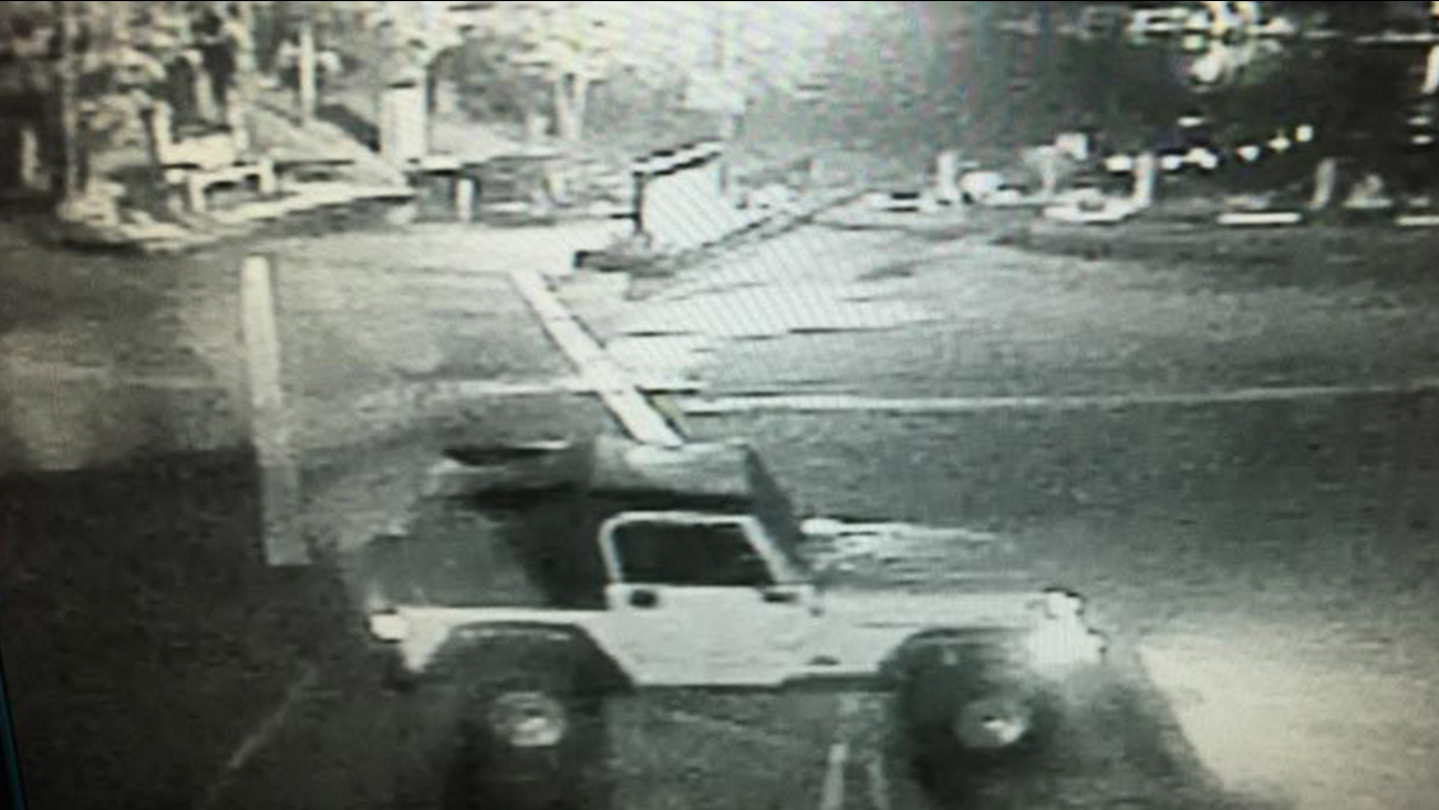 Suspect sought in theft at Miller's Landing at Bass Lake