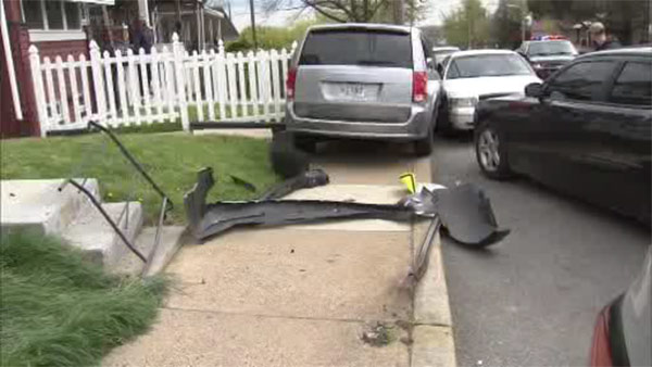 Driver fleeing officer crashes in Wilmington, Del.