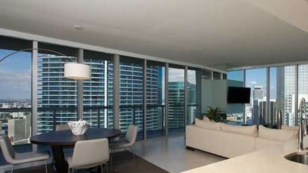 """<div class=""""meta image-caption""""><div class=""""origin-logo origin-image """"><span></span></div><span class=""""caption-text"""">This two bedroom, two bathroom unit in Miami, Florida is listed for $950,000. (Global Real Estate Brokerage)</span></div>"""