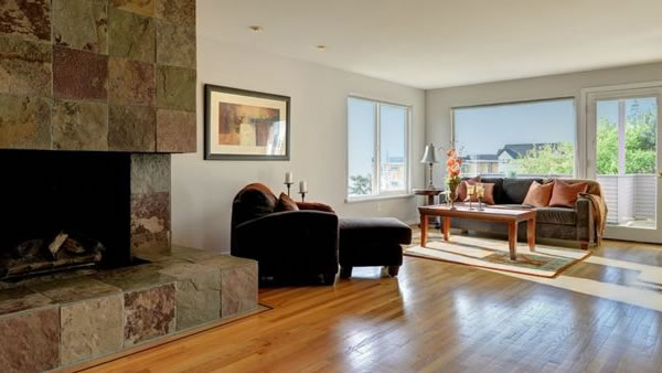 """<div class=""""meta image-caption""""><div class=""""origin-logo origin-image """"><span></span></div><span class=""""caption-text"""">This Seattle home has a spectacular view, four bedrooms, four bathrooms and is listed as $999,500. (RE/MAX Integrity)</span></div>"""