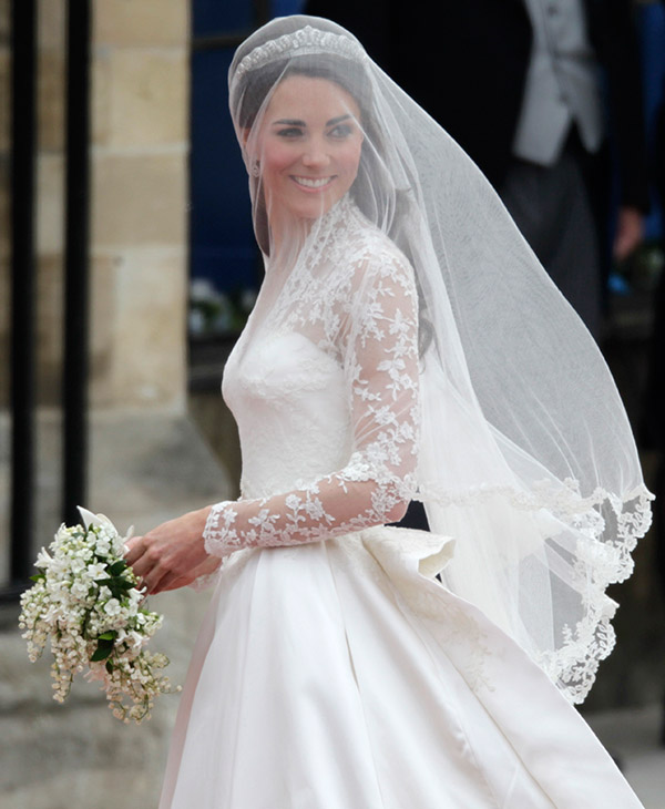 <div class='meta'><div class='origin-logo' data-origin='AP'></div><span class='caption-text' data-credit='AP'>Kate Middleton arrives at Westminster Abbey at the Royal Wedding in London Friday, April 29, 2011.</span></div>