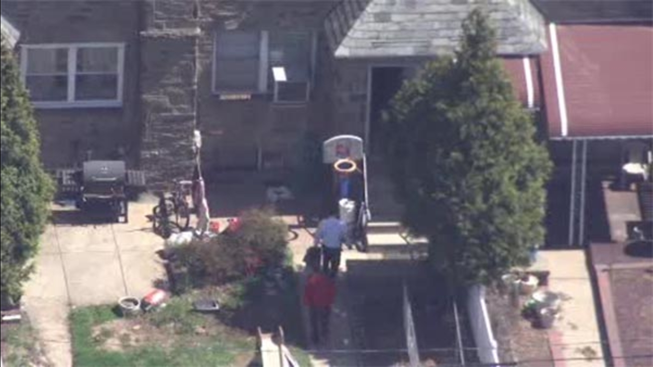 Police investigate home invasion, robbery in NE Philadelphia