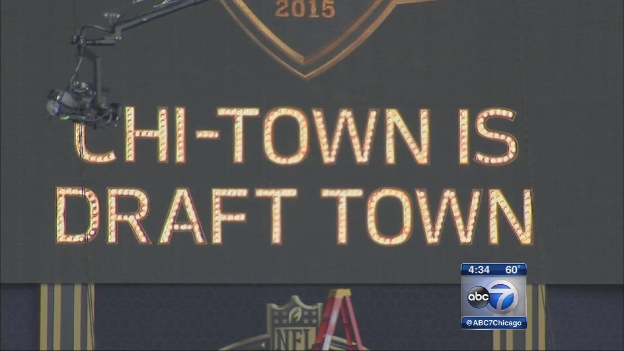 NFL draft kicks off in Chicago