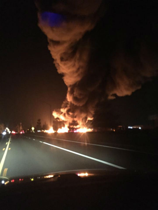 """<div class=""""meta image-caption""""><div class=""""origin-logo origin-image none""""><span>none</span></div><span class=""""caption-text"""">Fresno Firefighters are on the scene of a large vegetation and power pole fire in Northwest Fresno. (KFSN Photo/ #abc30insider Richard Martinez)</span></div>"""