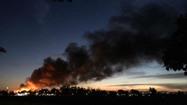 """<div class=""""meta image-caption""""><div class=""""origin-logo origin-image none""""><span>none</span></div><span class=""""caption-text"""">Fresno Firefighters are on the scene of a large vegetation and power pole fire in Northwest Fresno. (KFSN Photo/ #abc30insider)</span></div>"""