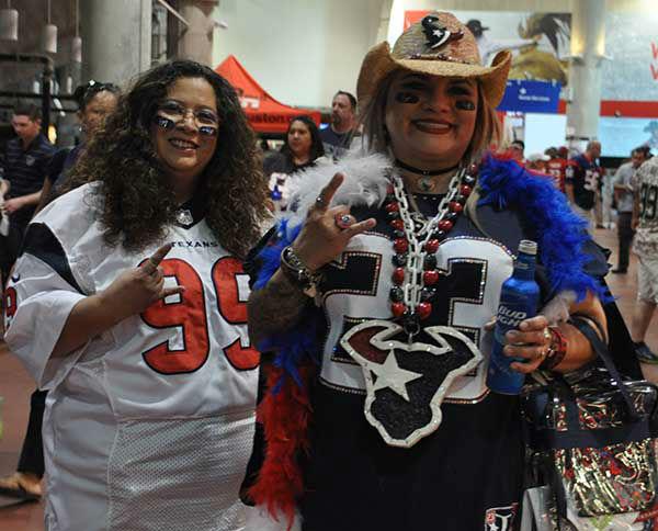 "<div class=""meta image-caption""><div class=""origin-logo origin-image none""><span>none</span></div><span class=""caption-text"">Photos from the 2015 NFL Draft Party at NRG  Thursday, April 30, 2015. (Photo/ABC-13)</span></div>"