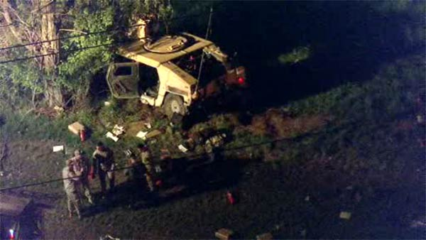 Military Humvee crashes on N.J. Turnpike in Chesterfield