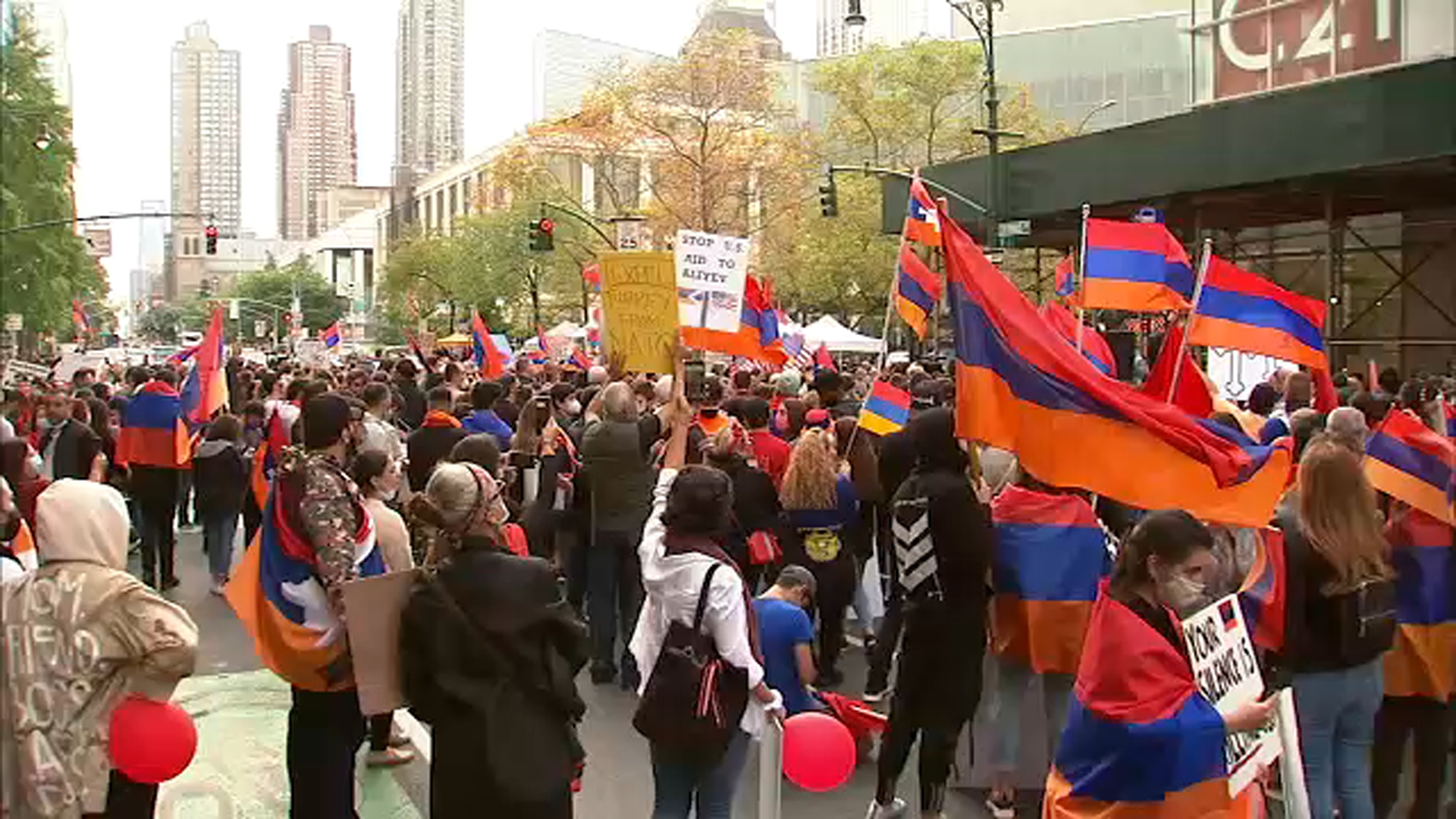 Demonstrators block New York City street, call for aid for Armenia in  conflict with Azerbaijan - ABC7 New York