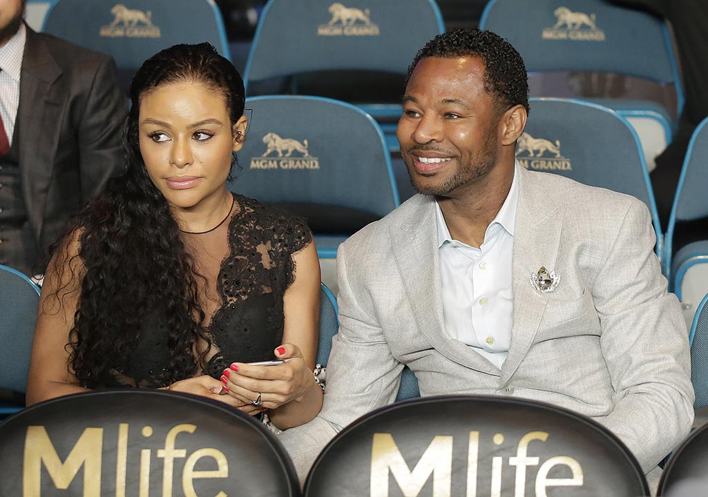 <div class='meta'><div class='origin-logo' data-origin='none'></div><span class='caption-text' data-credit='AP Photo/Isaac Brekken'>Boxer Shane Mosley, right, is joined by Bella Gonzalez before the start of the world welterweight championship bout between Floyd Mayweather Jr., and Manny Pacquiao, on May 2nd.</span></div>