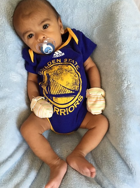 <div class='meta'><div class='origin-logo' data-origin='none'></div><span class='caption-text' data-credit='Photo sent to KGO-TV by @jcq_montano/Instagram'>Golden State Warriors fans are showing off their #DubNation pride! Tag your photos on Facebook, Twitter, Google Plus, or Instagram using #DubOn7!</span></div>
