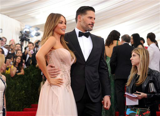 "<div class=""meta image-caption""><div class=""origin-logo origin-image none""><span>none</span></div><span class=""caption-text"">Sofia Vergara and Joe Manganiello arrives at The Metropolitan Museum of Art's Costume Institute benefit gala. (Photo by Evan Agostini/Invision/AP) (AP Photo/ Evan Agostini)</span></div>"