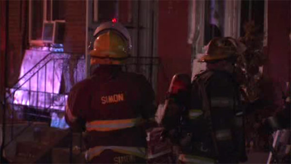 Residents escape flames inside Strawberry Mansion house