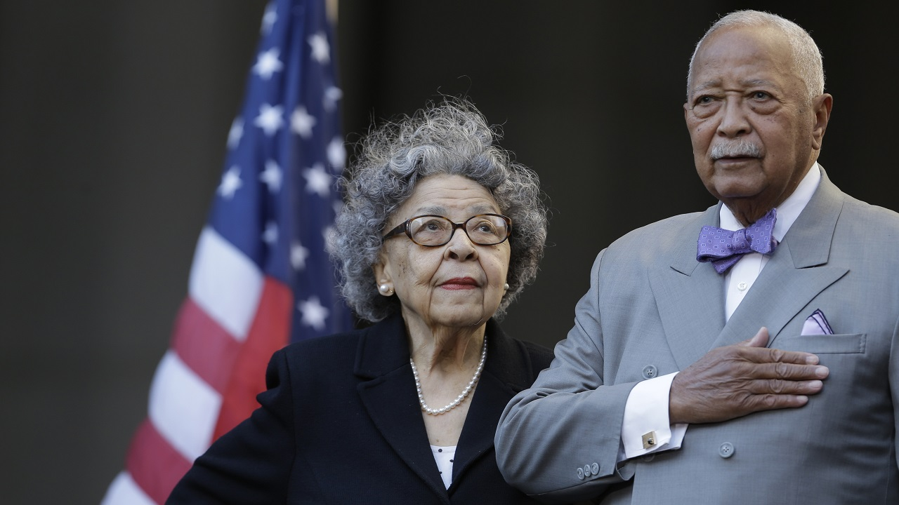 David Dinkins dies, NYC's 1st Black mayor - ABC7 New York
