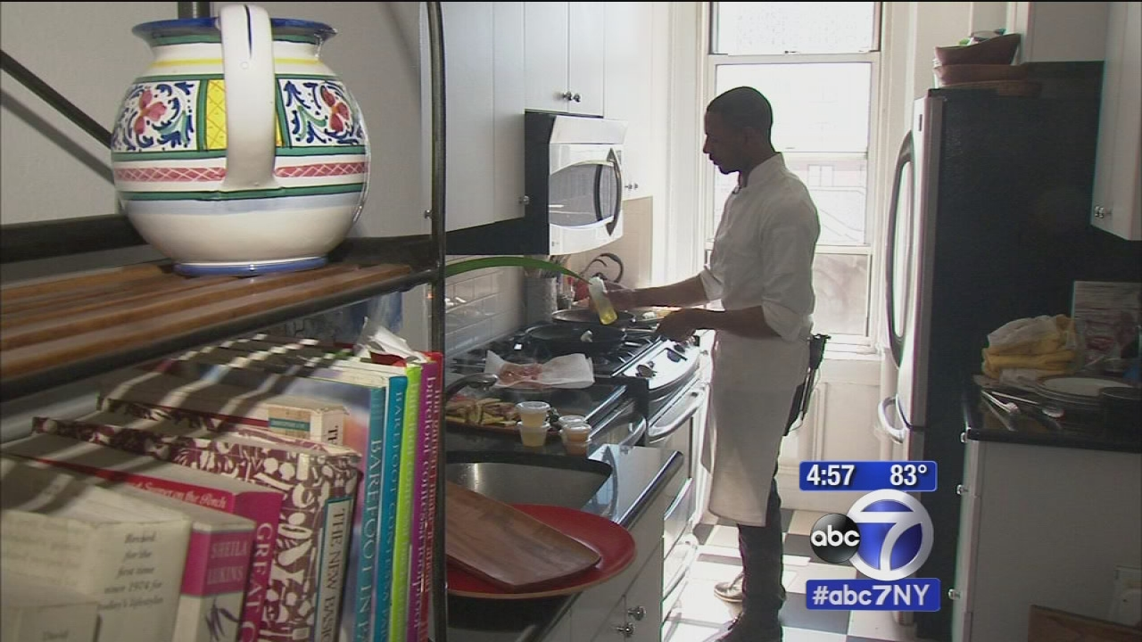 kitchen surfing brings personal chef to your home to cook and even clean up abc7nycom - Kitchen Surfing