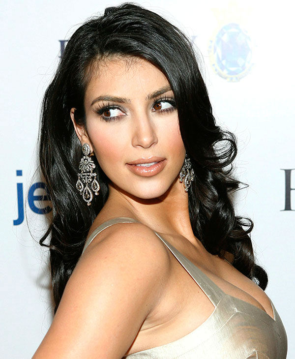"""<div class=""""meta image-caption""""><div class=""""origin-logo origin-image none""""><span>none</span></div><span class=""""caption-text"""">Kim Kardashian arrives at the Hollywood Life magazine Style Awards in West Hollywood, Calif. on Sunday, Oct. 7, 2007. (AP)</span></div>"""