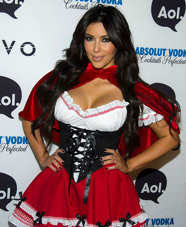 "<div class=""meta image-caption""><div class=""origin-logo origin-image none""><span>none</span></div><span class=""caption-text"">Kim Kardashian, dressed in a Little Red Riding Hood costume, arrives to Heidi Klum's Halloween Party in New York, Sunday, Oct. 31, 2010. (AP)</span></div>"