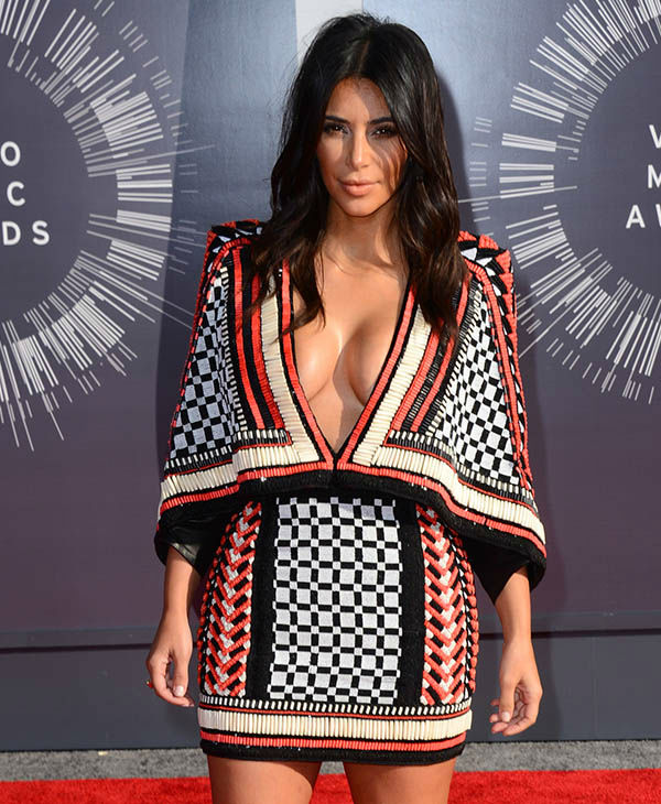 "<div class=""meta image-caption""><div class=""origin-logo origin-image none""><span>none</span></div><span class=""caption-text"">Kim Kardashian arrives at the MTV Video Music Awards at The Forum on Sunday, Aug. 24, 2014, in Inglewood, Calif. (AP)</span></div>"