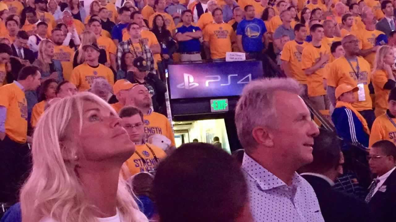 """<div class=""""meta image-caption""""><div class=""""origin-logo origin-image none""""><span>none</span></div><span class=""""caption-text"""">The crowd cheers after Golden State Warriors guard Stephen Curry (30) scored during the first half of Game 2  of the NBA playoff series against the Memphis Grizzlies, May 5, 2015. (AP Photo/Ben Margot)</span></div>"""