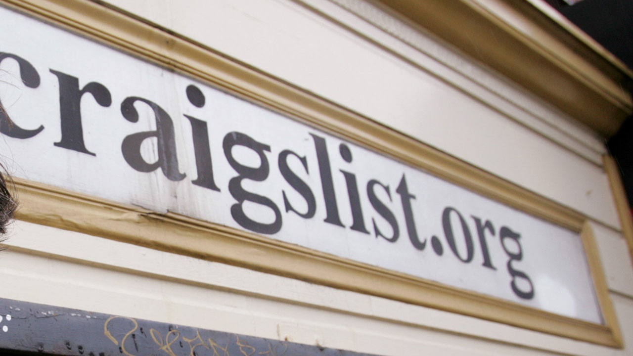 Texan gets 7 years for Craigslist airline jobs ID scam ...