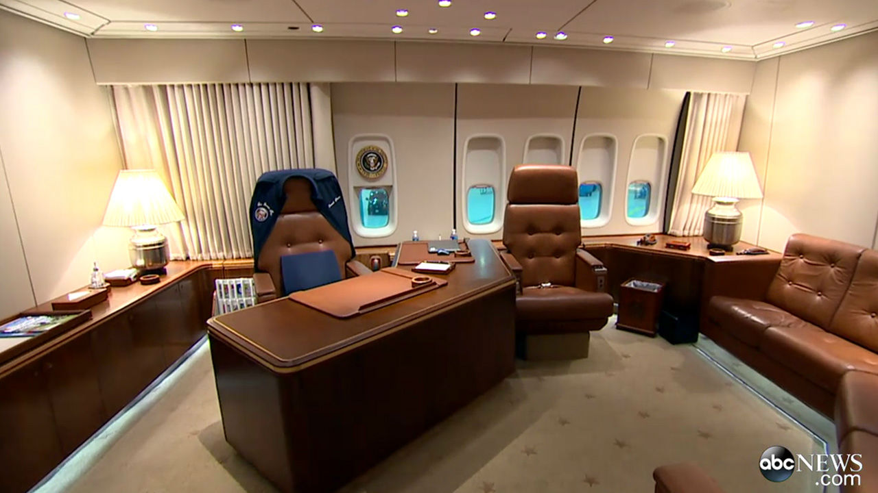 Photos Take A Look Inside The President S Personal Plane Air Force One 6abc Philadelphia