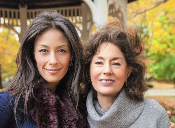 "<div class=""meta image-caption""><div class=""origin-logo origin-image none""><span>none</span></div><span class=""caption-text"">Liz Cho and her mom</span></div>"