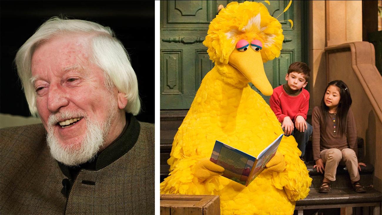 Caroll Spinney Puppeteer Behind Big Bird On Sesame Street