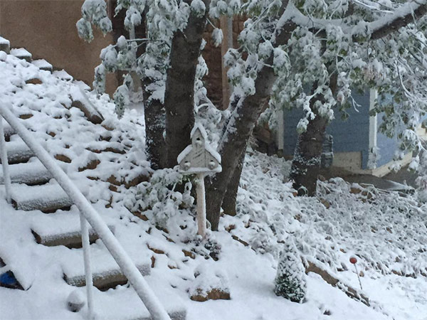 """<div class=""""meta image-caption""""><div class=""""origin-logo origin-image kabc""""><span>KABC</span></div><span class=""""caption-text"""">ABC7 viewer @LAMountainTweet shared this photo on Twitter of snow on Friday, May 8, 2015. (Twitter.com/LAMountainTweet)</span></div>"""