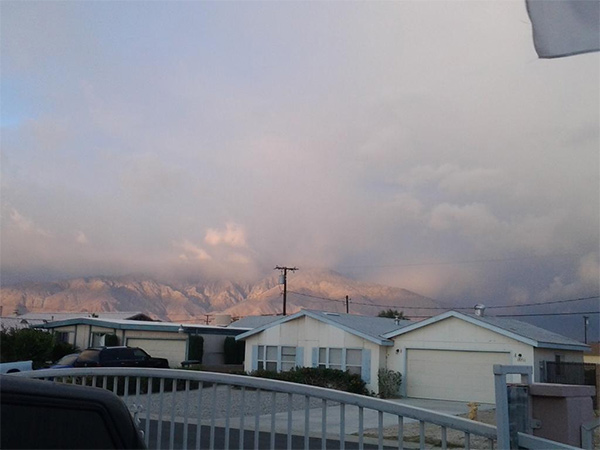 """<div class=""""meta image-caption""""><div class=""""origin-logo origin-image kabc""""><span>KABC</span></div><span class=""""caption-text"""">ABC7 viewer @passthechampagne shared this photo on Twitter of clouds over Coachella Valley on Friday, May 8, 2015. (Twitter.com/passthechampagne)</span></div>"""