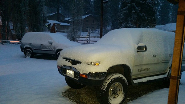 """<div class=""""meta image-caption""""><div class=""""origin-logo origin-image kabc""""><span>KABC</span></div><span class=""""caption-text"""">ABC7 viewer Gloria Rose shared this photo on Facebook of snow in Big Bear on Friday, May 8, 2015. (ABC7 viewer Gloria Rose)</span></div>"""