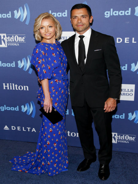 """<div class=""""meta image-caption""""><div class=""""origin-logo origin-image none""""><span>none</span></div><span class=""""caption-text"""">Kelly Ripa, left, and Mark Consuelos, right, attend the 26th Annual GLAAD Media Awards. (Photo by Andy Kropa/Invision/AP) (Photo/Andy Kropa)</span></div>"""
