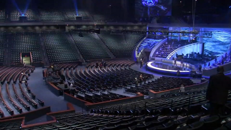 Lakewood Church Returns to In-Person Services With Limited Attendance and Safety Protocols